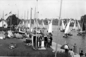 A Tamesis regatta in 1955